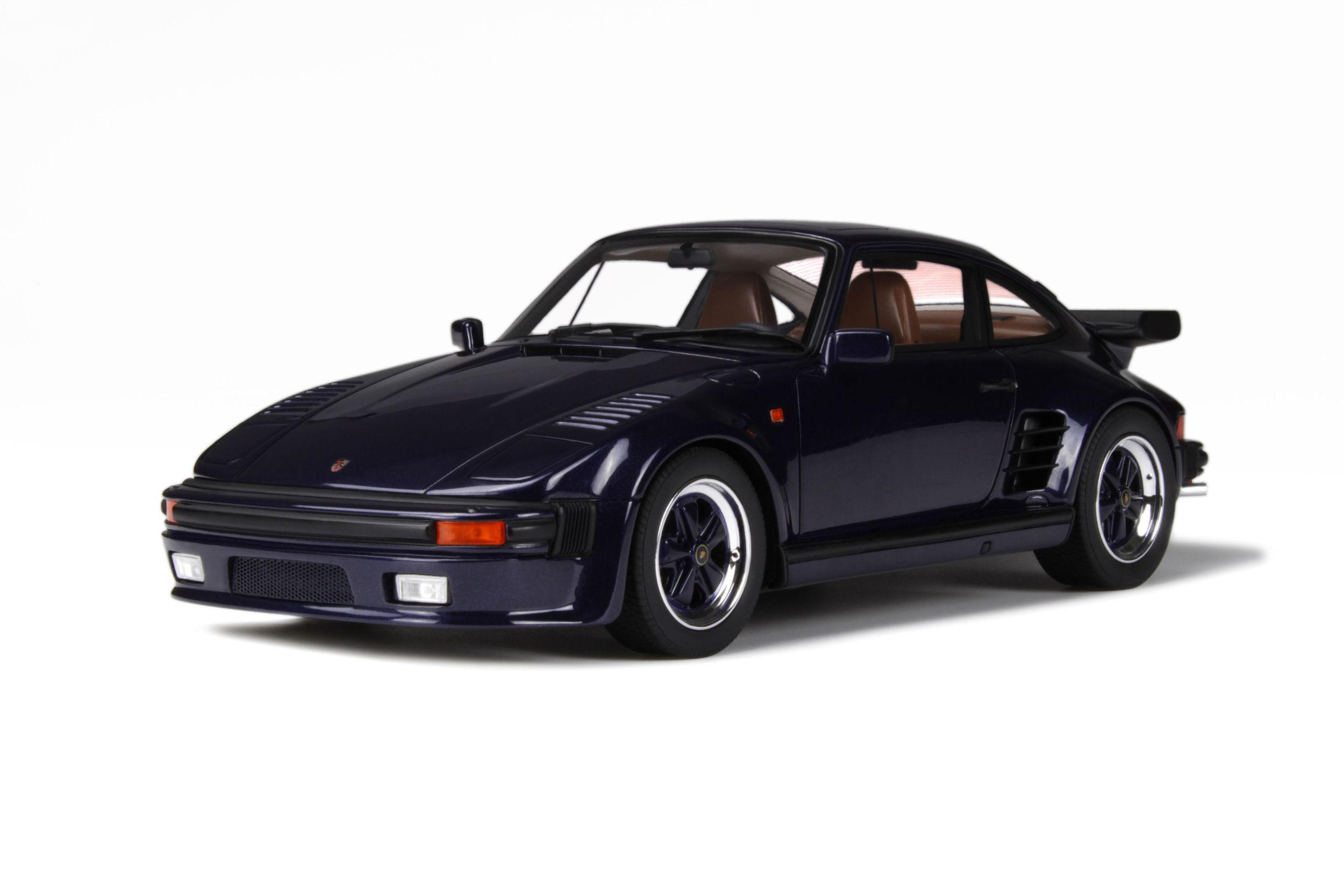 "Porsche 911 (930) Turbo """"Flat Nose"""""