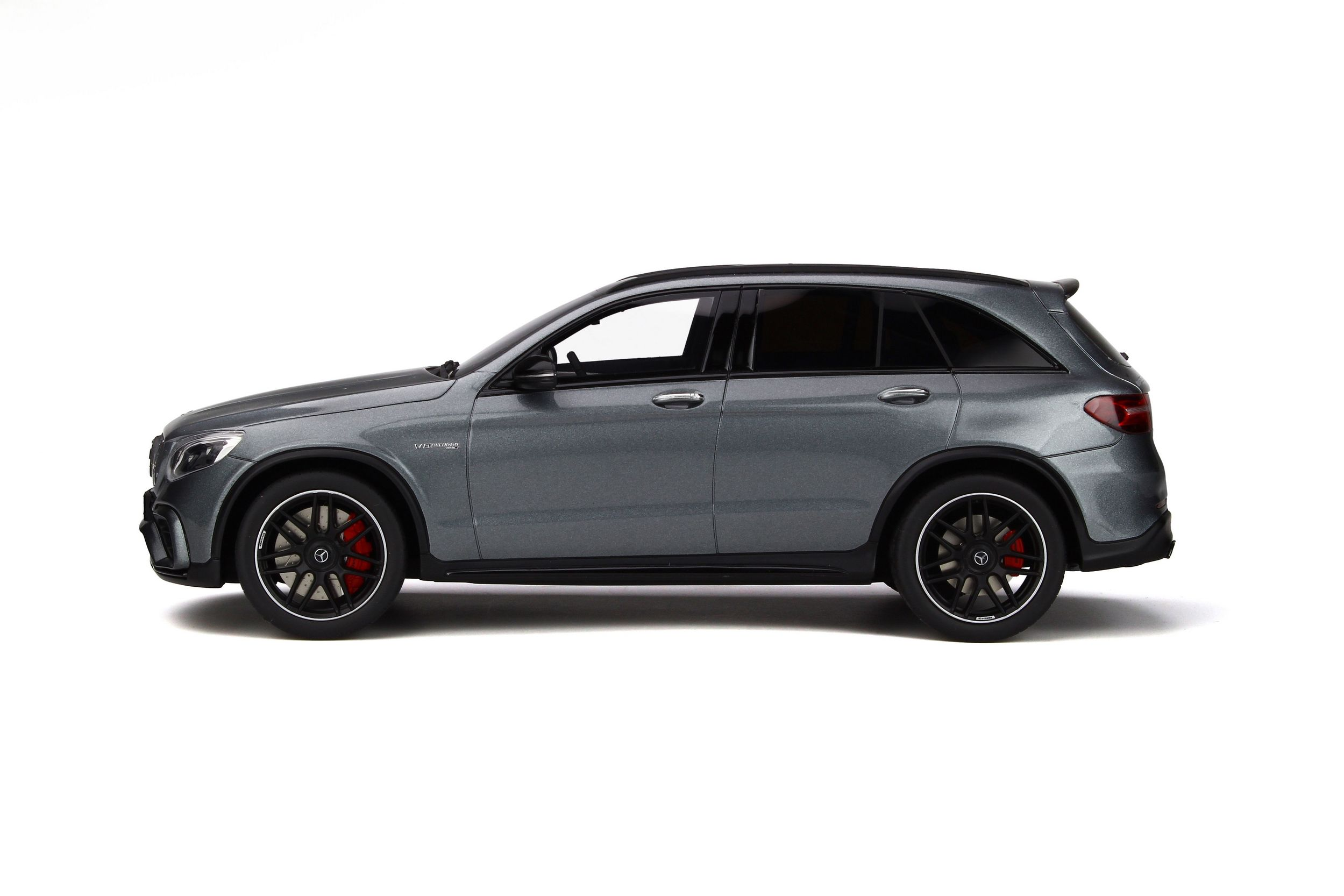 mercedes amg glc 63 s voiture miniature de collection. Black Bedroom Furniture Sets. Home Design Ideas