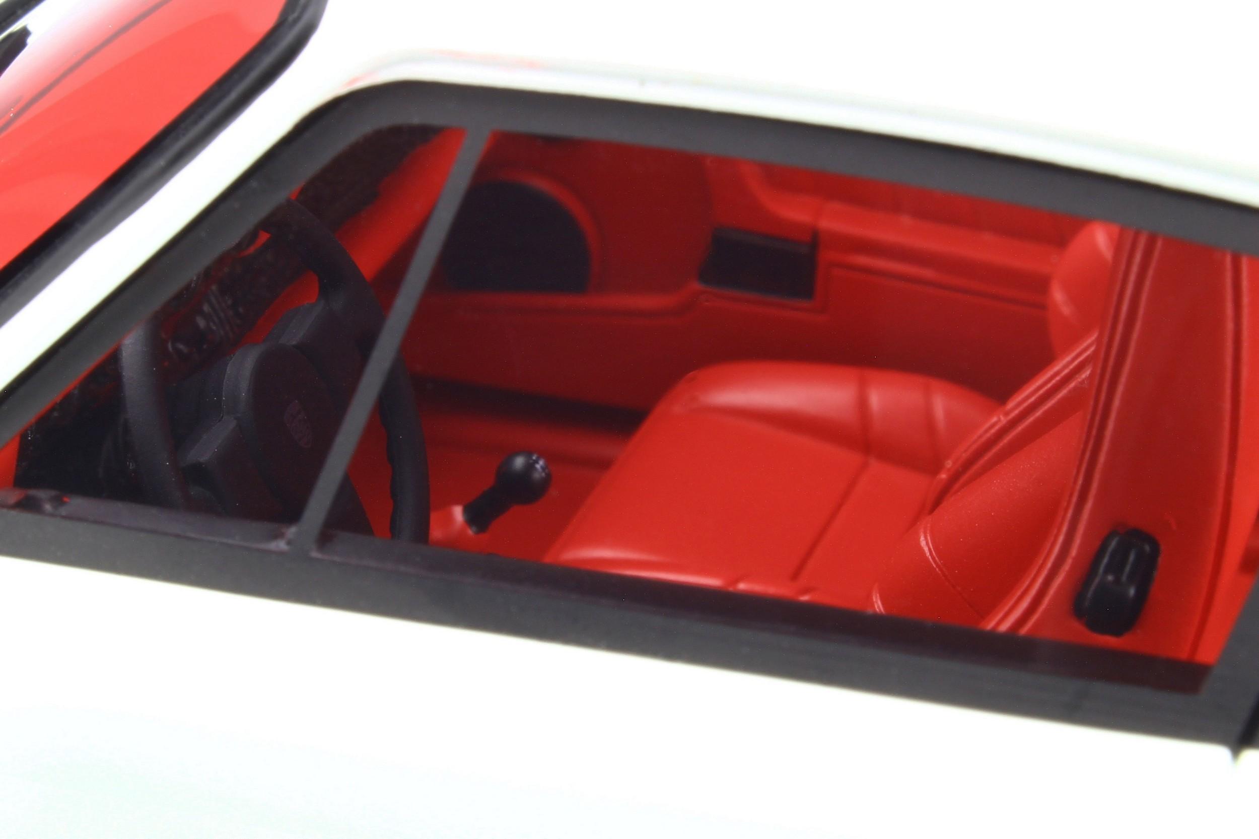 PORSCHE 911 930 TURBO S GRAND PRIX WHITE 1//18 GT SPIRIT GT786